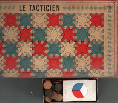Le Tacticien (Nouveau Jeu de Dames aux Cartes)